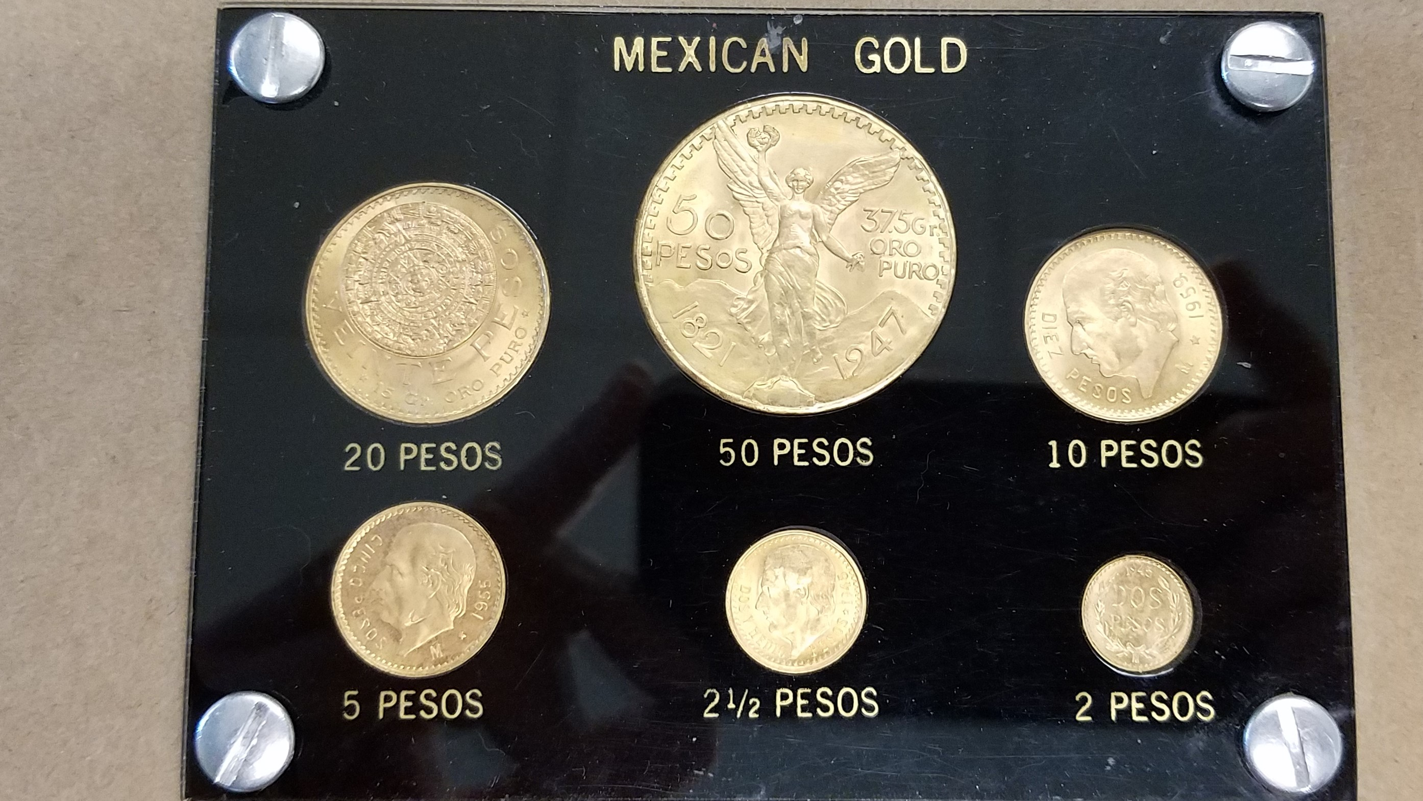 Beautiful 6 Coin Uncirculated Mexican Gold Coin Set -